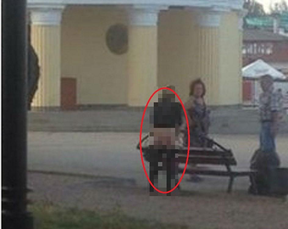 Ганьба! Що витворяють туристки у Криму (фото 18+)