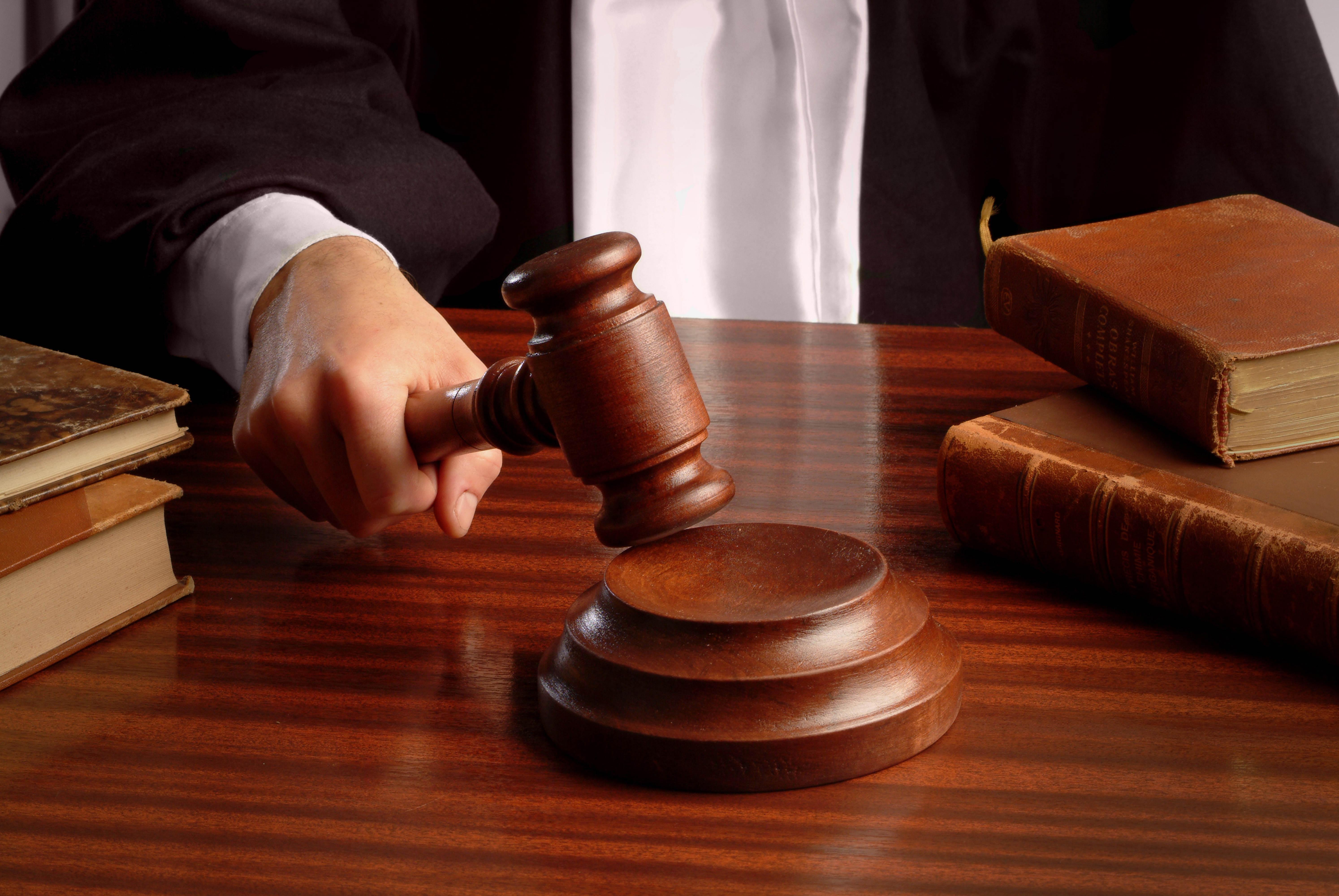 У Тернополі засудили поліцейських-хабарників