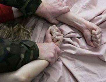 На Львівщині на території школи зґвалтували чоловіка