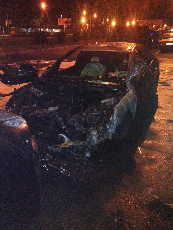 Синє полум`я екзорцизму: за добу в Києві згоріло шість автомобілів