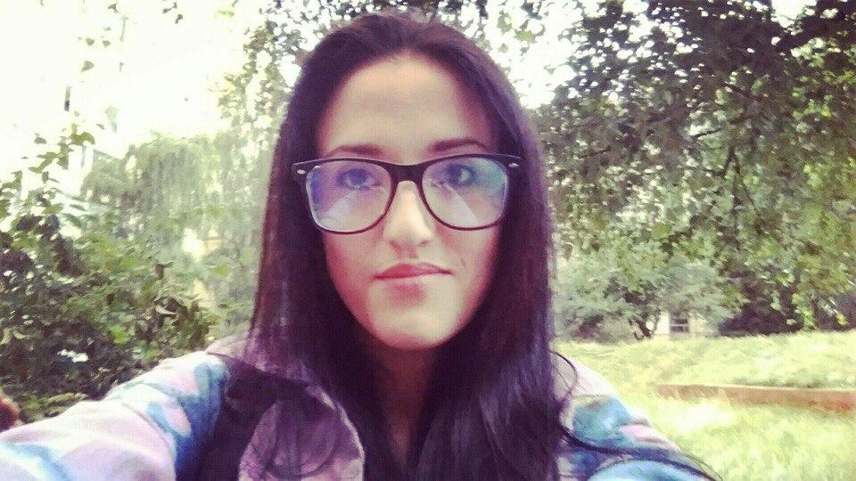 ТЕРМІНОВО! У Львові розшукують молоду дівчину, яка зникла кілька днів тому (Фото)