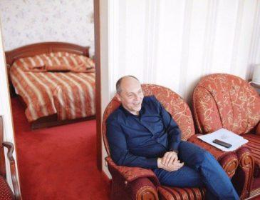 """У готелі """"Київ"""" Парубій має власний ліфт"""