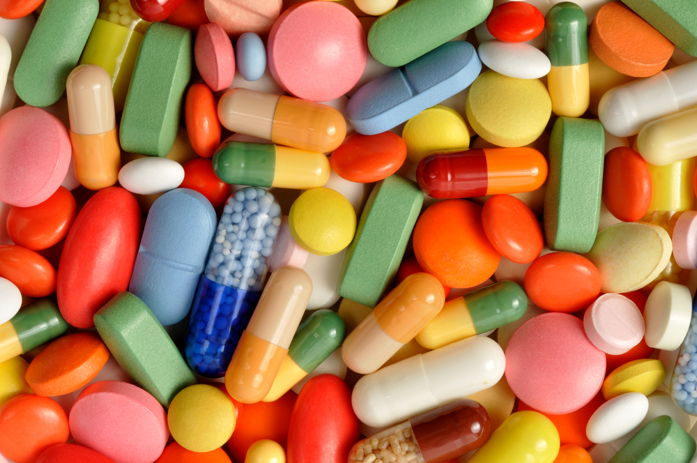 Вчені розповіли, як антибіотики вбивають людей