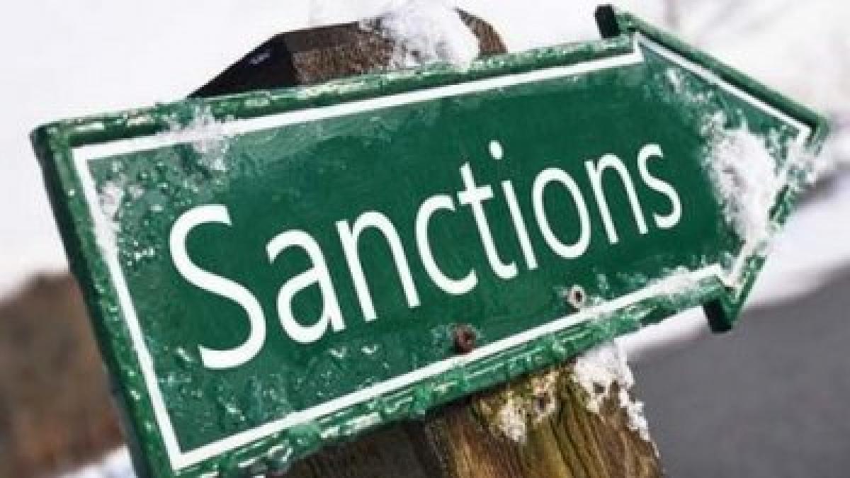Захід продовжив санкції щодо Росії