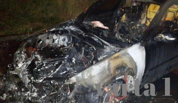 Терміново: вночі спалили авто львівському адвокату, колишньому УБОЗівцю (фото, відео)