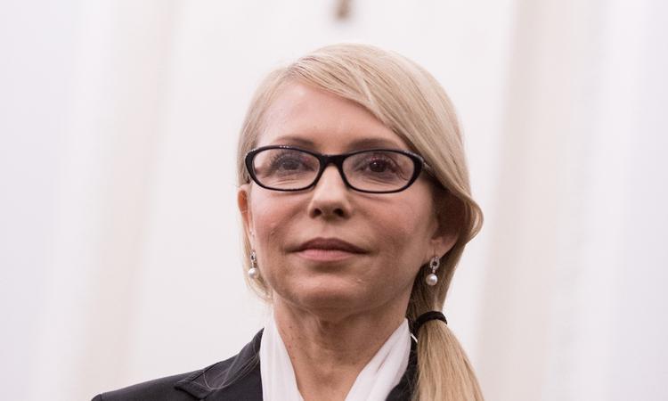 """Тимошенко про перший день сесії: наш глава ВРУ десь там """"тусує"""", уряд пиячить с президентом (відео)"""