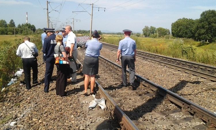 Жахлива втрата !  Львів'янку безжалісно переїхав навпіл поїзд