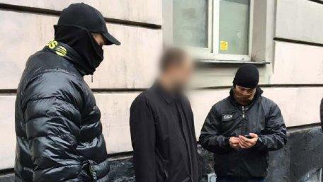 Львівського прокурора затримали на хабарі