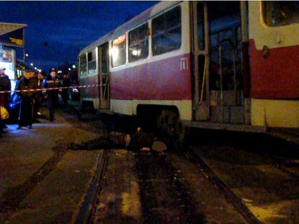 Терміново! У Львові загорівся трамвай під час руху: наслідки вражають (фото)