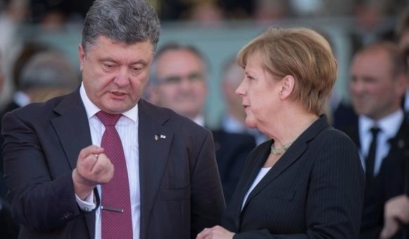 Стало відомо, про що Порошенко домовився з Меркель