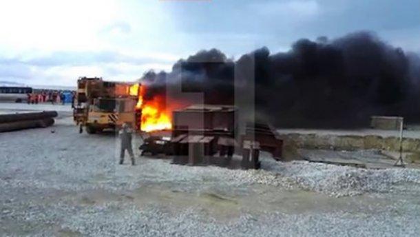 На будівництві Керченського мосту сталася пожежа (ВІДЕО)