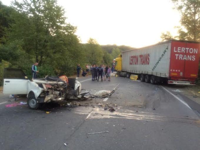 Трагічне ДТП у Львові: від машин мало чого залишилось, постражалим можна лиш поспівчувати (фото лякають)