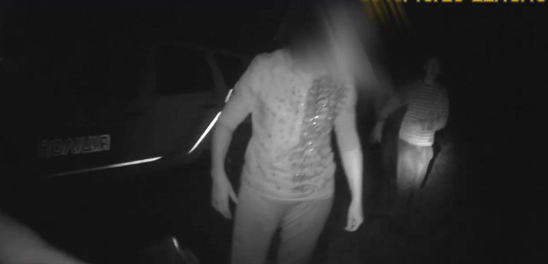 На Львівщині скажена сімейка жорстоко побила патрульних (відео 18+)