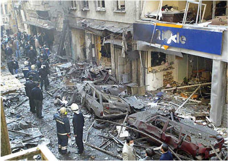 Кров тече рікою: від моторошного вибуху в Стамбулі вже постраждало 10 людей