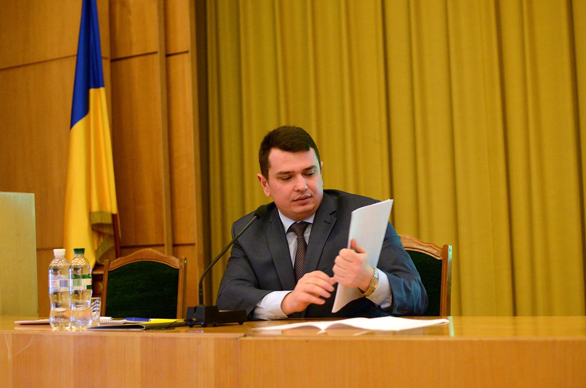 Декларація головного антикорупціонера: чим володіє директор НАБУ