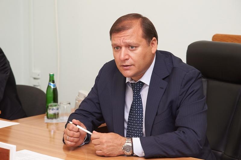 Дочка українського депутата похвалилася сумочкою за всього лиш за 1 300 доларів