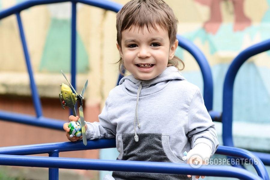 Владик хоче жити: 3-річного малюка з Броварів врятує тільки термінова операція за кордоном