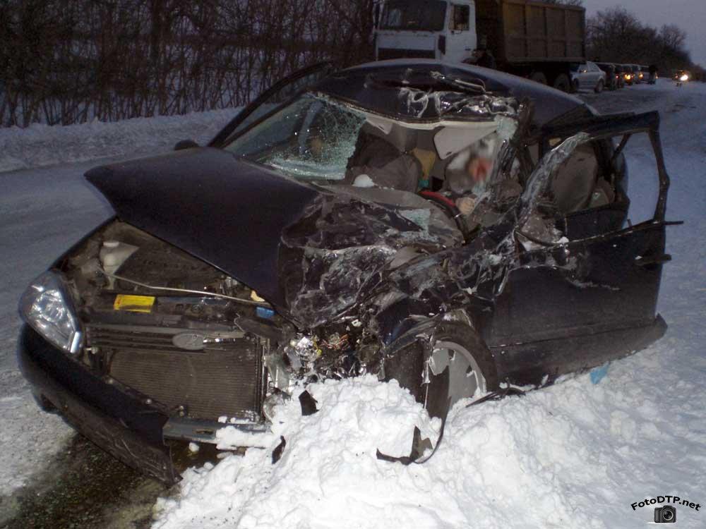 Жахлива ДТП, водій взагалі неадекватний: протаранив копів і ледь не позбавив життя жінці