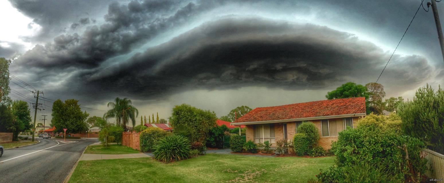 Увага! Австралія потерпає від потужної грози. Негода продовжує забирати життя людей. Відомо про жахливі подробиці