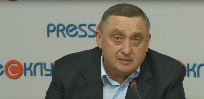 """Добре бути депутатом: Дубневич забув задекларувати """"золоті гори"""""""