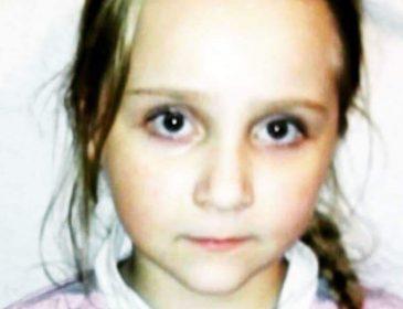 Дівчинка просить про допомогу! Вона знаходиться на межі життя і смерті – врятуйте її