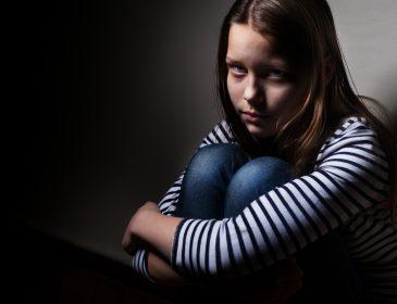 Під Києвом чоловік зґвалтував маленьку доньку