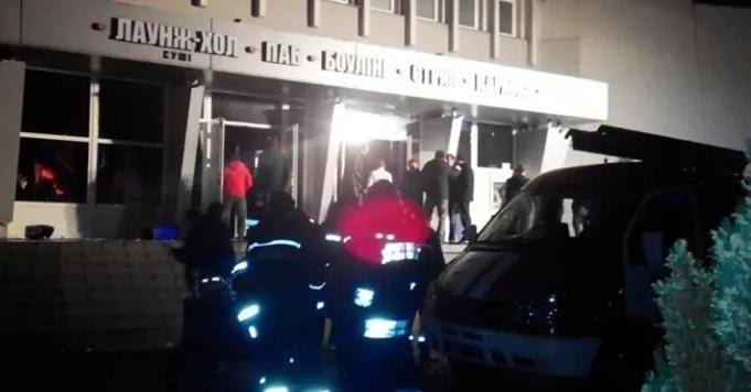 У нічному клубі Львова сталася пожежа, є постраждалі (фото)