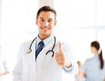 Такій зарплаті можна лише позаздрити: стало відомо, скільки будуть отримувати лікарі. Може, менше братимуть хабарі