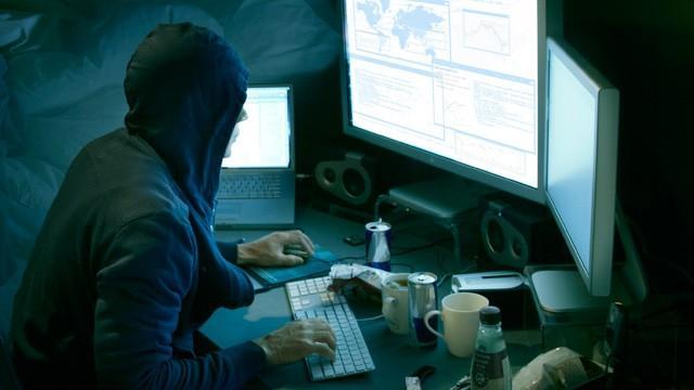 Військові хакери США зламали телекомунікаційну та командну системи РФ – ЗМІ