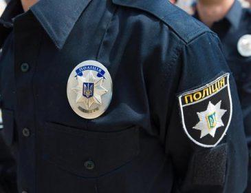 У житомирському стрип-барі працівники поліції влаштували бійку зі стріляниною (відео)