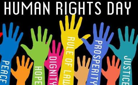 """Крим у День прав людини: """"тривають обшуки, затримання, арешти"""""""