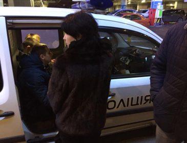 Народна депутатка стала жертвою масової крадіжки в торговому центрі. Бездіяльність поліції її приголомшила (ФОТО)