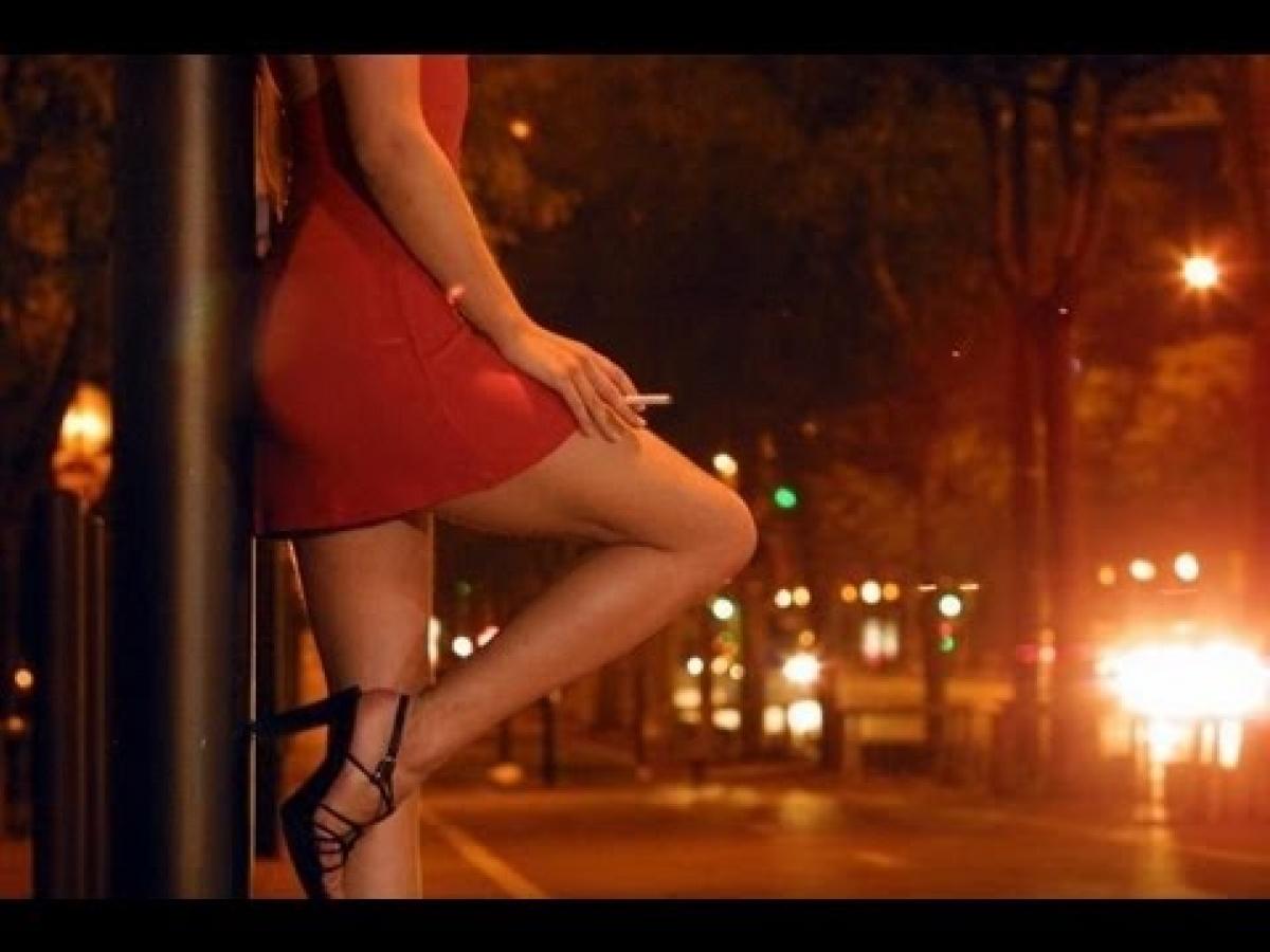Блиск і злидні куртизанок: повії провели мітинг під МВС, щоб скасувати штрафи за проституцію. ВІДЕО