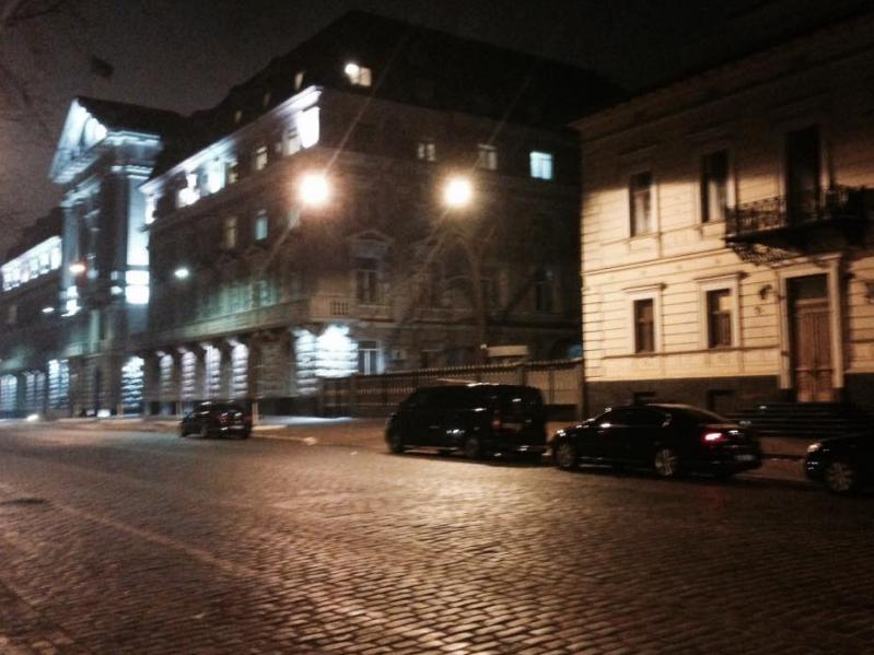 """Під грифом """"секретно"""": Порошенко і Кононенко вночі відвідали СБУ"""