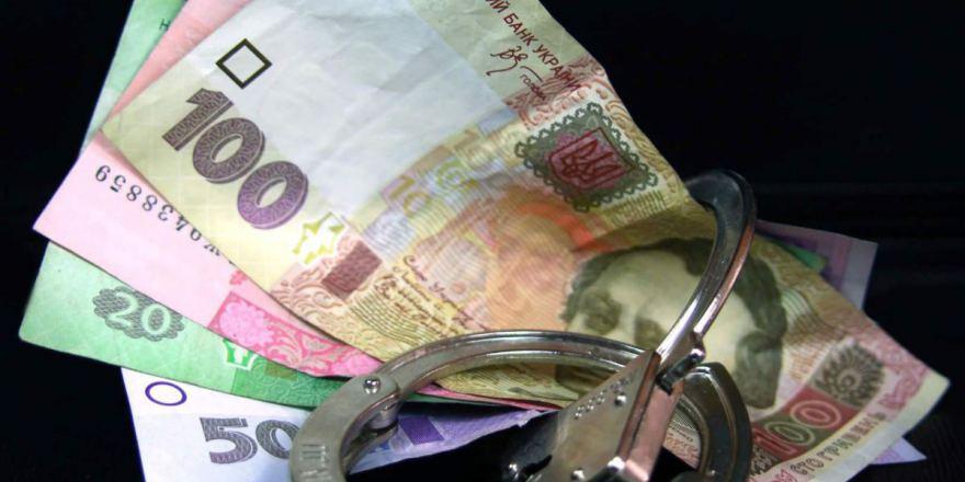 У Києві патрульний попався на хабарі у 12,5 тис. грн
