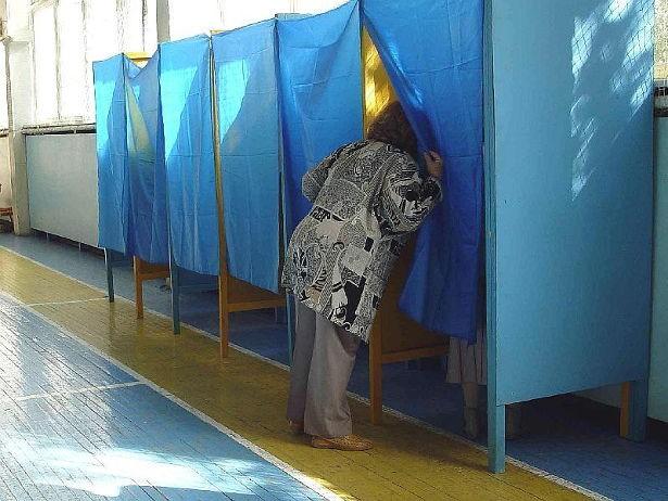 На Волині під час виборів до громад фіксують нові порушення