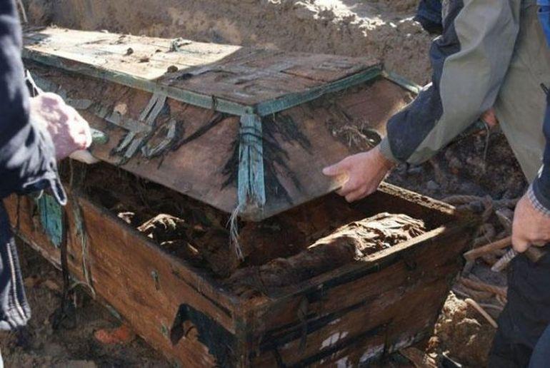 Дослідники очманіли, коли відкрили могилу Пушкіна – вони ніколи в житті такого ще не бачили