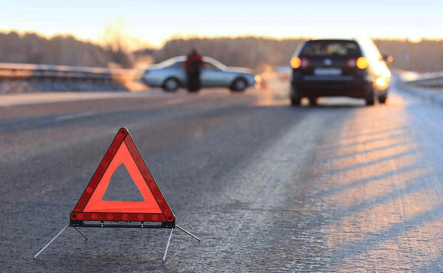 ДТП на трасі Київ-Чоп: Нетверезий водій заснув за кермом і врізався у вантажівку