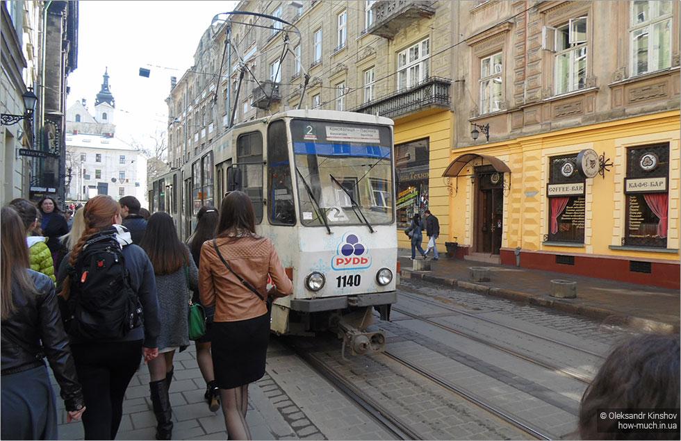 Щоб не було заторів: на львів'ян чекають кардинальні зміни. Які трамваї тепер не зупинятимуться на вулиці Шухевича