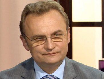 Багатії Львова, покажіться: побачте шокуючий список львівських чиновників, які заможніші за Садового (ФОТО)