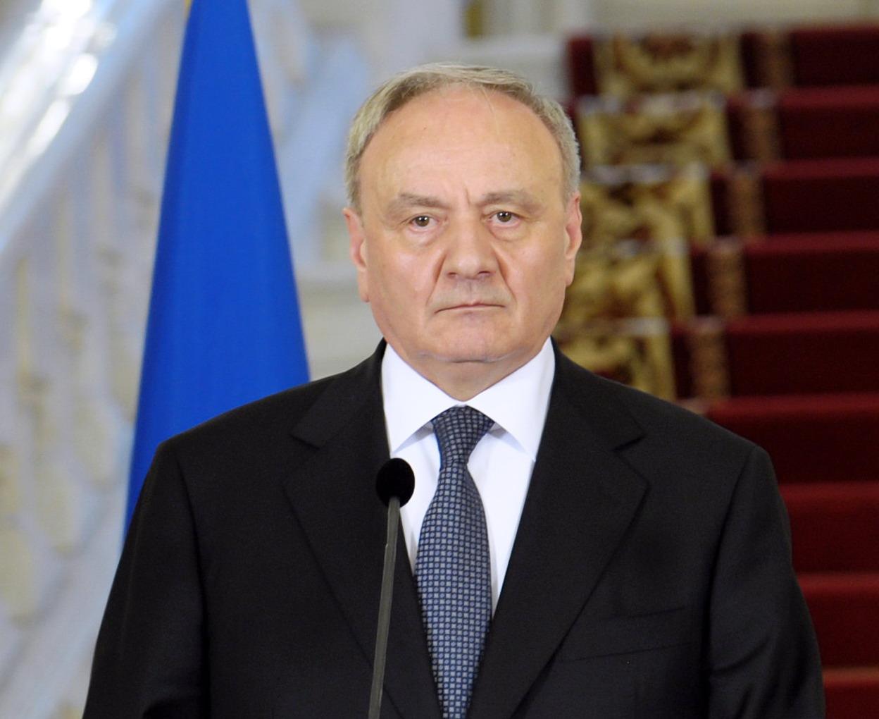 Новий президент Молдови раптом вирішив подружитися з Україною