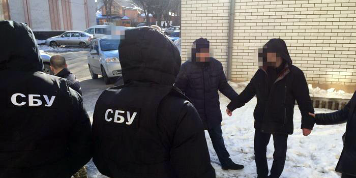 Це просто поза межами наглості: начальник поліції на Херсонщині брав хабарі в крадія