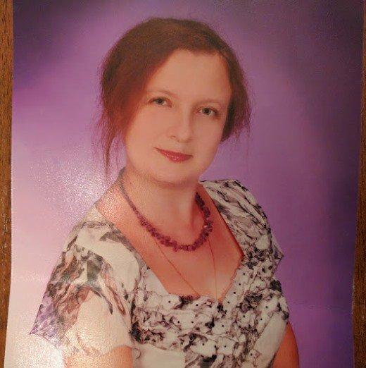 Терміново! В Одесі пропала професор консерваторії та її неповнолітній син!
