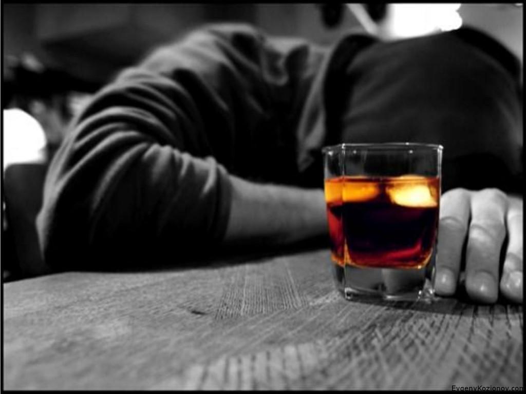 У 36-річної мешканки Лисичанська майже вийшло зарізати опонентку під час п'янки
