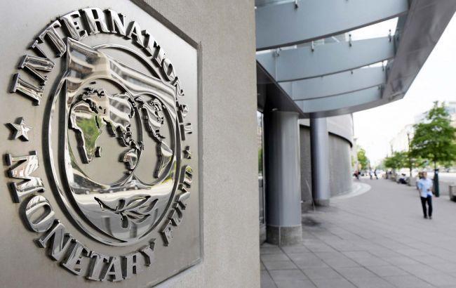 """МВФ чекає у 2017 році пенсійну і земельну реформу та скасування """"спрощенки"""""""