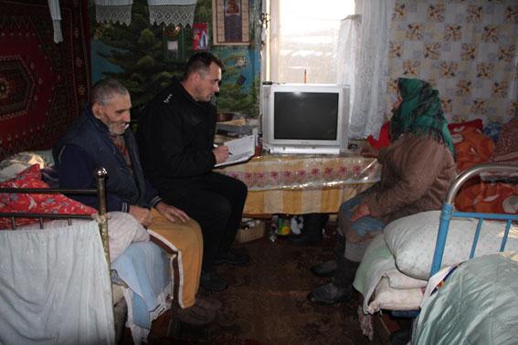 Шахраї представлялися депутатами і обіцяли продуктові набори, виманюючи гроші у людей похилого віку