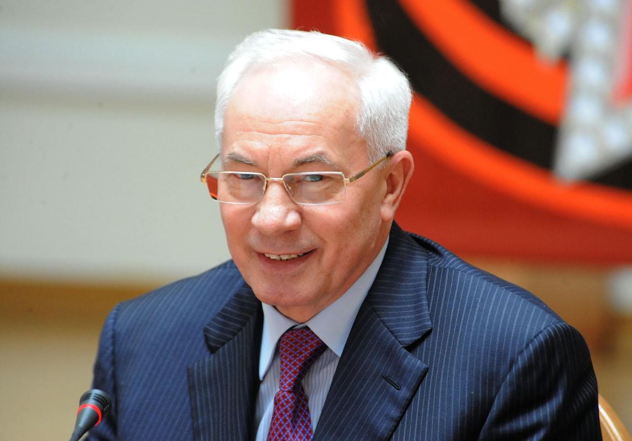 Як Азаров влаштував гучний скандал і обізвав іншого депутата