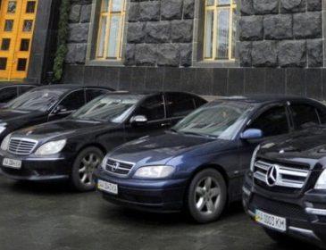 Автівки майбутнього для нардепів: що насправді ховається за рішенням чиновників пересісти на електрокари