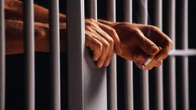 Запорізький прокурор, якого спіймали на поширенні наркотиків, позбувся волі на два місяці
