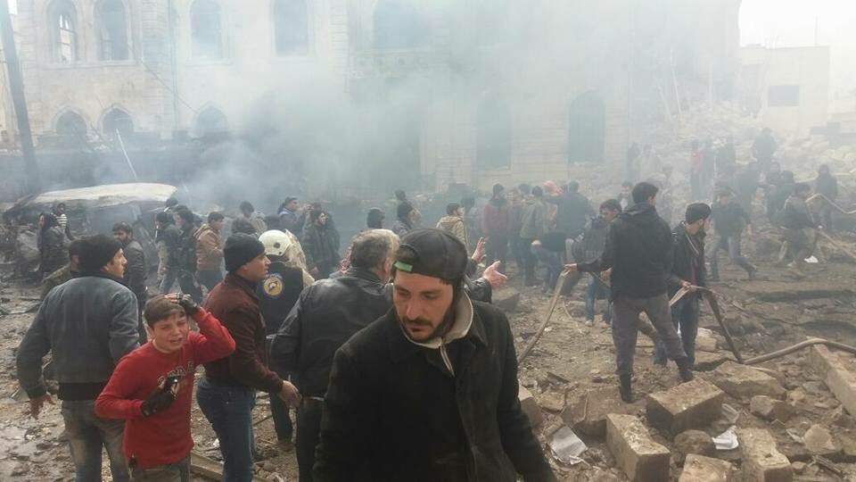 Кривавий теракт в Сирії забрав життя понад 60 осіб. Оприлюднено шокуючі кадри потужного вибуху (ФОТО)